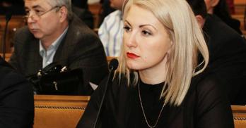 Депутатка б'є дітей ременем і підтримує методи виховання Лукашенка