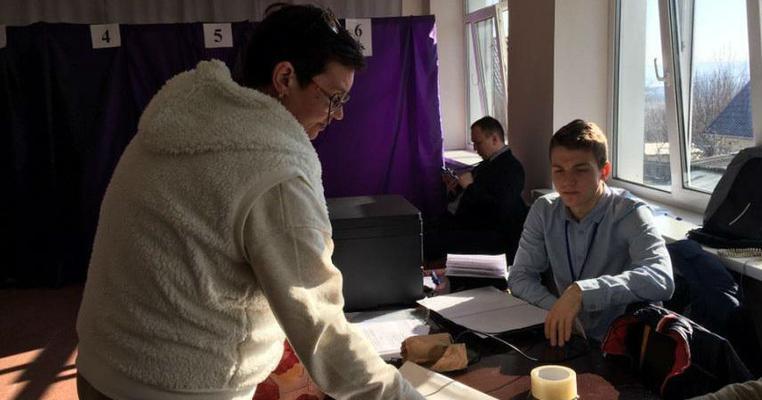 В Ірпені виборець знайшов у списку за своєю адресою невідому йому людину