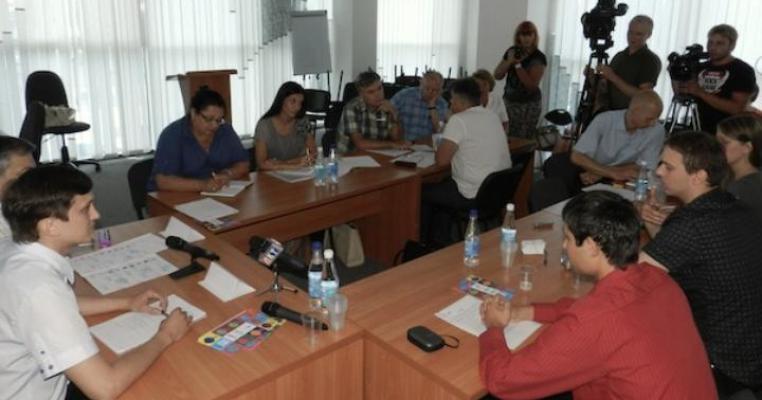 У Луганську партія Литвина та регіонали відмовились підписувати Меморандум з ЧЕСНО