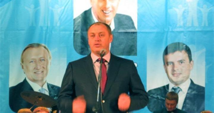 Фото: Полтавці вже слідкують за мажоритарними кандидатами в регіоні