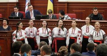Півроку Київради: чому депутати реєструються і тікають із сесій