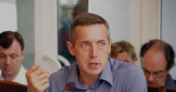"""Михайло Мінаков: """"Українці постійно зриваються в зневіру та надію на """"сильну руку"""""""