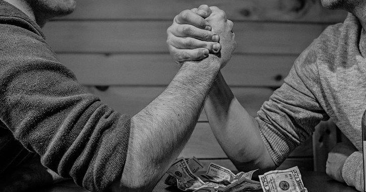 """Фото: Фінансові звіти на Полтавщині: як БПП прогорів на """"соціалісті"""", а Богдан переміг попри скандали"""