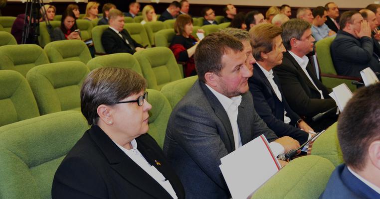 У Київській облраді замість депутата голосує стороння особа