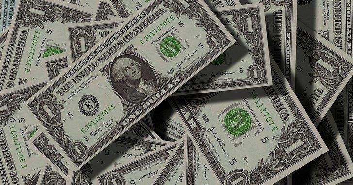 Фото: Гроші на виборах: думки дніпровських депутатів