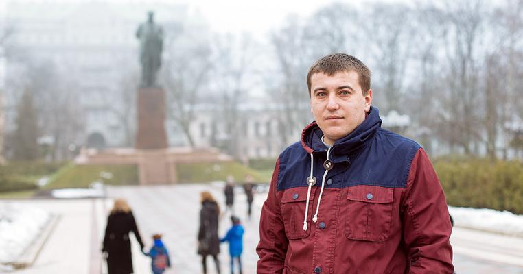 Роман Сініцин: Я до Майдану хотів емігрувати, а зараз ні. Хоча в країні не все добре, але в нас ще шанси є