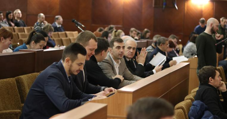 Рік роботи Франківської міської ради: без дієвої опозиції та з десятком прогульників