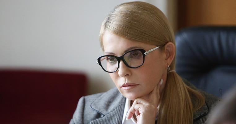 Її немає, але вона працює: картка Юлії Тимошенко голосує без неї