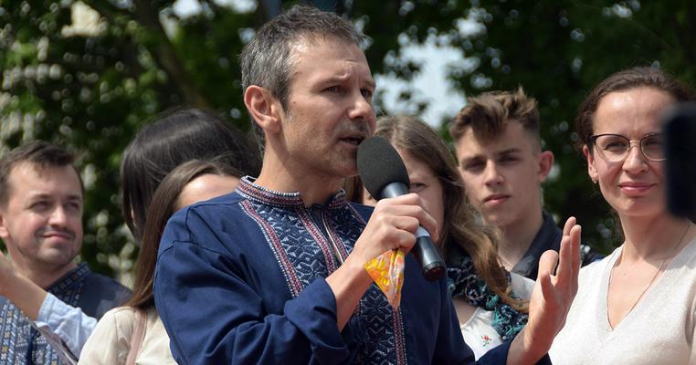 """У Вакарчука розповіли, хто фінансує партію """"Голос"""" та скільки планують зібрати на вибори"""