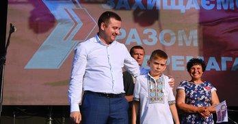 """Як кнопкодав Вітко привіз на Полтавщину DZIDZIO та """"погодився"""" йти на вибори (ВІДЕО)"""
