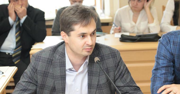 Піаряться й не реєструються: виборчі перегони на Полтавщині