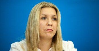 Клон Смірнової – дружина однопартійця кандидата Карплюка. #Округ95