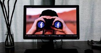 Мінімум 91 000 дол. заробив Facebook на агітації у дні тиші