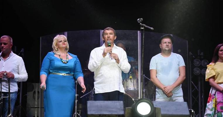 Нова Рада – старі методи: нардеп Кулініч далі влаштовує концерти на своєму окрузі
