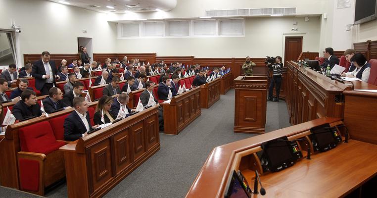 Чому не вийшло переформатувати комісії в Київраді