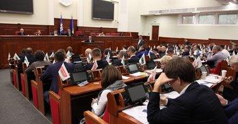 Київрада переформатовує комісії: хто втратить квоти, а хто вирішить політичні питання