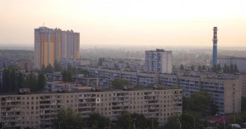 Скандальна забудова на Кондратюка: про що домовились за посередництва нардепа