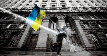 30 років самоврядування Києва: від мирного ГКЧП до розстріляного Майдану
