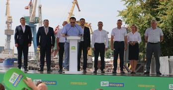 Зеленський представив херсонську команду: колишні члени БПП, Партії регіонів та інших політсил