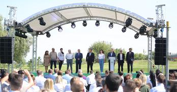 """Кандидати від """"Слуги народу"""" на Дніпропетровщині: ексрегіонал, депутати-прогульники та лікарі"""