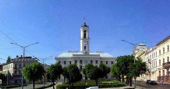 Багатії і злидарі Чернівецької міської ради. Виправлено