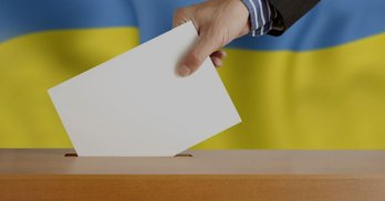 Одна в полі: ЧЕСНО про кандидатів 23 округу