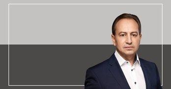 """За """"Рідну країну"""" – співаки й аграрії. Томенко обіцяє киянам """"вибори не по приколу"""""""